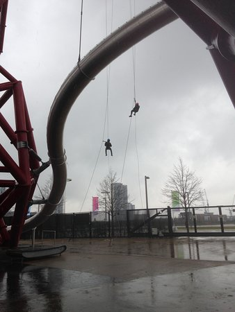 Abseil the ArcelorMittal Orbit: Almost there!