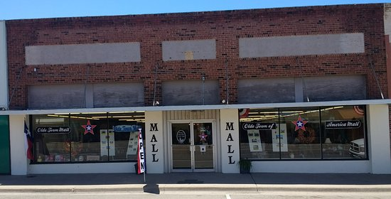 Shamrock, TX: Olde Town Mall - Something for everyone!