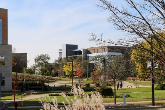 University of Wisconsin-Whitewater: Views through campus