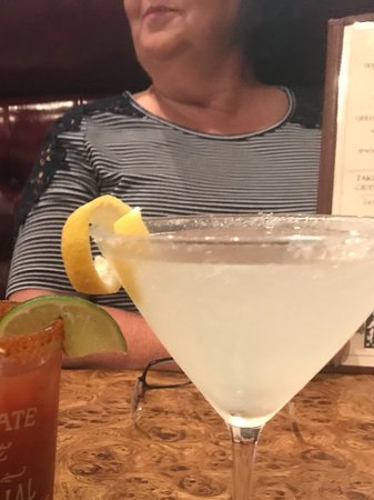 Crystal Beer Parlor: Delicious drinks!