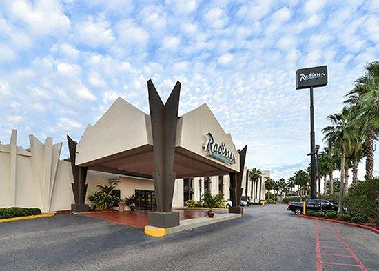 Radisson Hotel Baton Rouge: Exterior