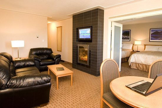 Fort Nelson, Kanada: Suite
