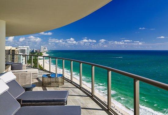 The St. Regis Bal Harbour Resort: Guest room