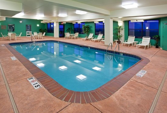 holiday inn express suites bowling green award winner. Black Bedroom Furniture Sets. Home Design Ideas