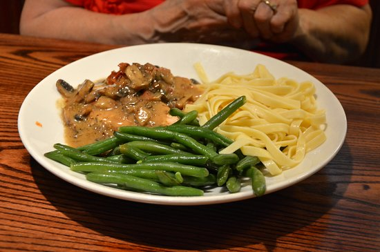 Village Tavern Reynolda: Chicken Marsala
