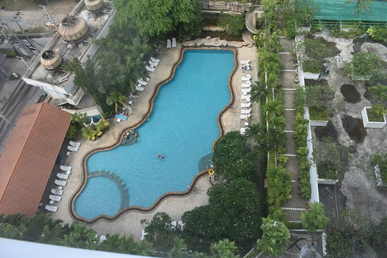 Royal Twins Palace Hotel: The pool from my room