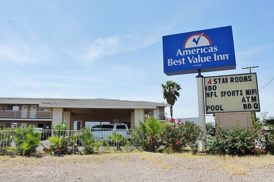 Americas Best Value Inn - Needles: Exterior