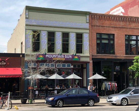 Mountain Sun Pub and Brewery: Mountain Sun Pub & Brewery - Boulder, Colorado