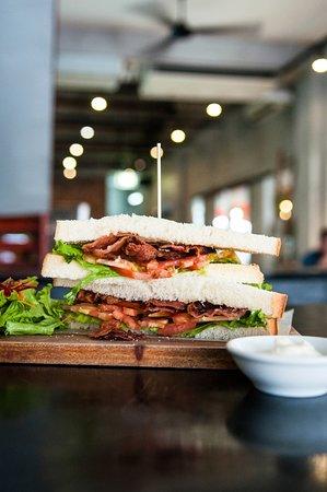 Dingo Deli: Bacon lettuce tomato sandwich