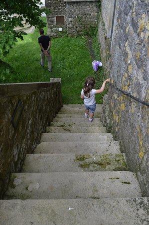Saint-Jean d'Alcas, France: quand vous ressortez du fort