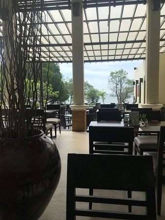Bhu Nga Thani Resort and Spa: View from the breakfast table