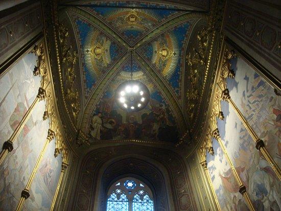 Santuario Della Santa Casa : Купол Польской капеллы
