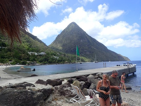 Julian's Boat Tours: Between the Pitons