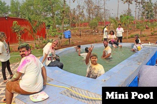 Kalyan, Ινδία: Mini Pool