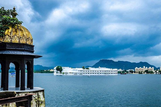 Udaipur, อินเดีย: Lake Pichola