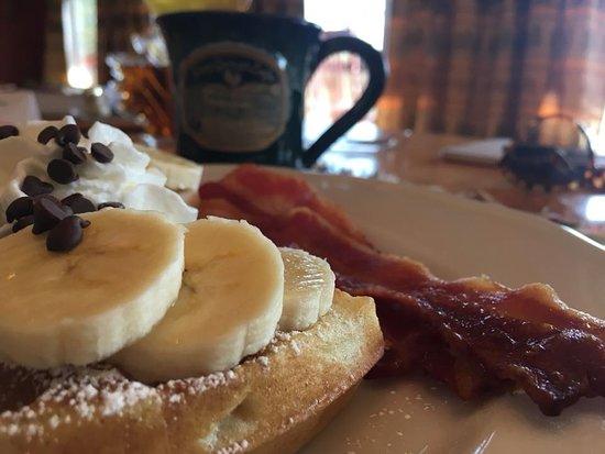 Berry Springs Lodge: Breakfast