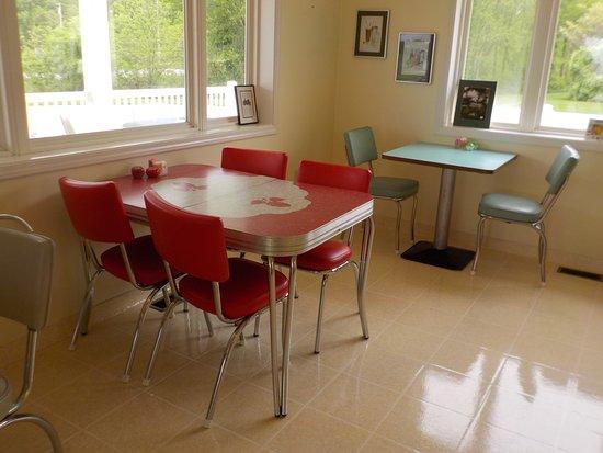 Vintage Chrome Tables At Bens Picture Of Bens Soft Pretzels