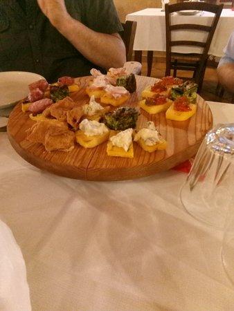 Pontevico, Italy: Antipasto.