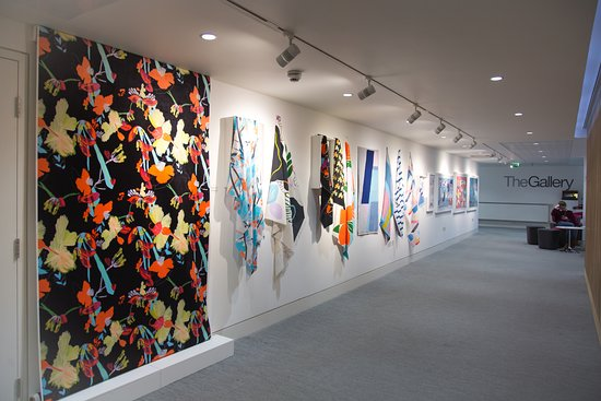 Poole, UK: 'Suddenly Last Summer 2017' Exhibition