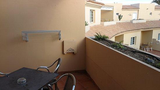 Hotel Royal Suite: vista terraza y ventana