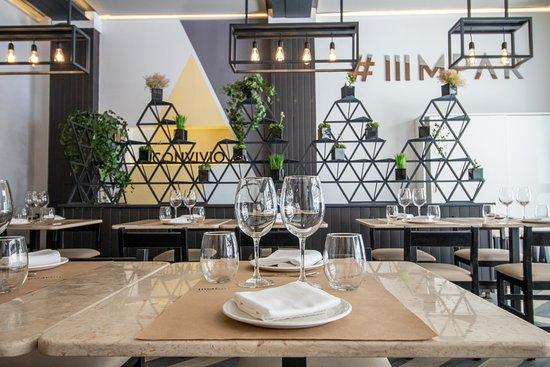 IIIMPAR: Restaurant 22