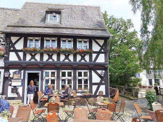 Paulaner Wirsthaus: Außenansicht