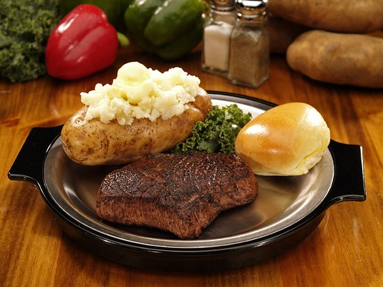 A Restaurant Simular To Golden Corral Review Of Quincy S