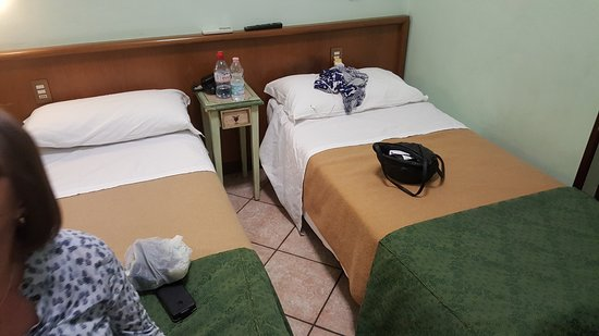 Hotel Piave: small bedroom