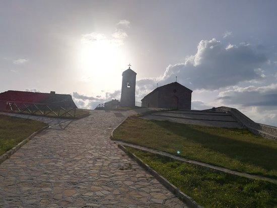 Viggiano, Włochy: Basilica Santuario Madonna del Sacro Monte