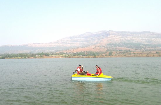 Unique paths: UniquePaths Boating at Hadshi Lake