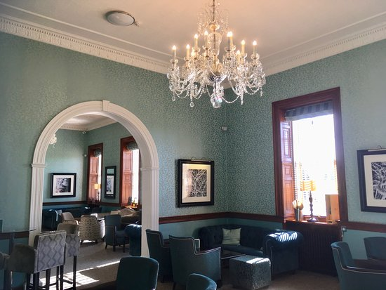 Mottram St. Andrew, UK: MOTTRAM HALL - BAR