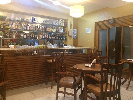 Nonna Paola: Balcão bar
