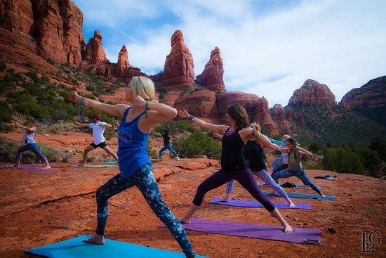 Outdoor Yoga Classes Join A Group Picture Of Aumbase Sedona Tripadvisor