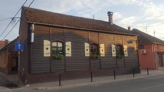 Paracin, Serbia: Restaurant Apis 1