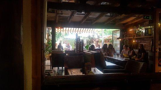 Paracin, Serbia: Restaurant Apis 4
