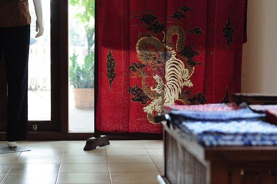 Pekalongan, إندونيسيا: Koleksi Batik Tulis