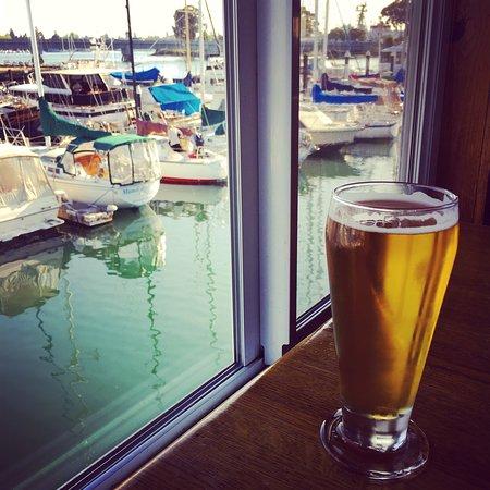 Quinn's Lighthouse Restaurant and Pub: photo0.jpg