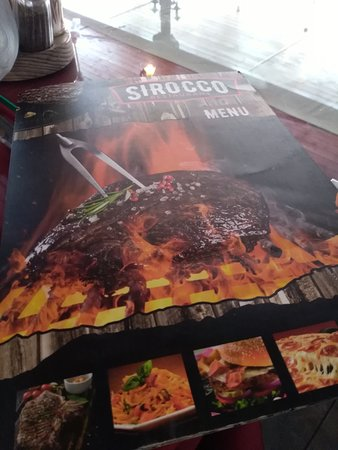 Sirocco Restaurant: Najładniejsze menu na wyspie :)