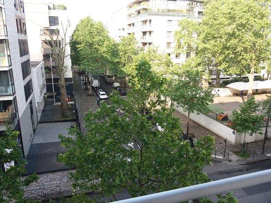 Kyriad Hotel Paris Bercy Village: vue de la chambre 305