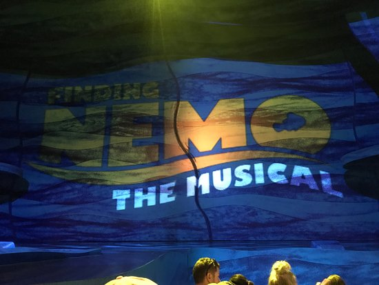 Finding Nemo - The Musical : Curtains