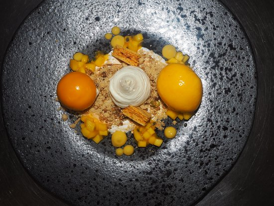 Deans Restaurant: Deconstructed Passionfruit Cheesecake