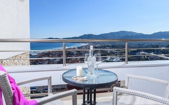 Hotel Maistrali: Balkon