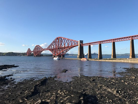 3-Day Isle of Skye and Scottish Highlands Small-Group Tour from Edinburgh: Final stop in Queensferry before going back to Edinburgh
