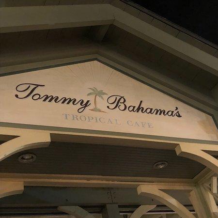 Tommy Bahama Restaurant & Store ภาพถ่าย