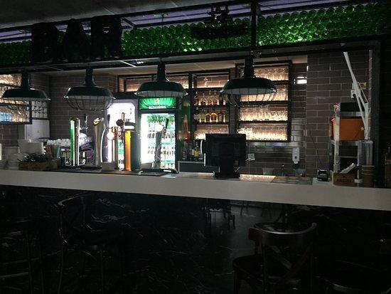 Buratinos: бар