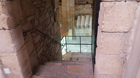Limassol Castle: going down
