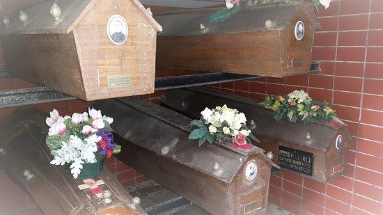 Belgische Crypte - Gemeentelijke begraafplaats Zonnebeke