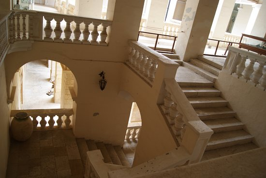 Mdina Local Council: lo scalone principale