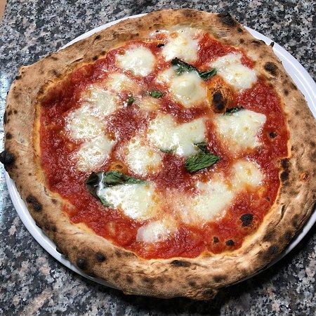 Perdifumo, إيطاليا: Pizzeria La Ruota