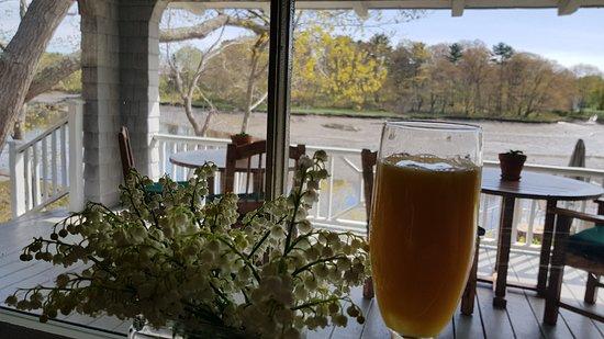 Bufflehead Cove Inn : view from breakfast